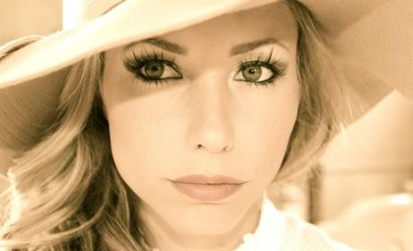 Cassie Chapman Twitter Pic