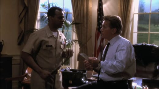 The President Makes a Friend - The West Wing