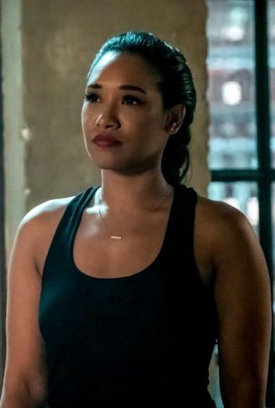 Fighter Iris - The Flash Season 5 Episode 15