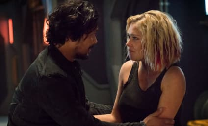 "The 100: 61 Times Bellarke Debunked Their ""Non-Romantic Soulmates"" Title"