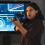 Cisco's Gotta Gun - The Flash Season 2 Episode 6