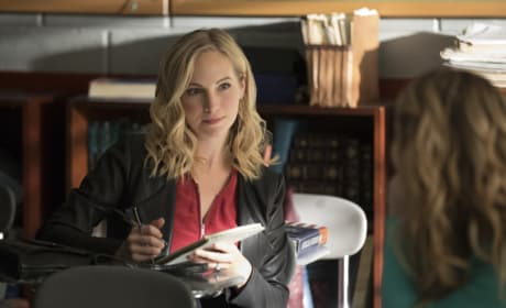 Caroline on the Case - The Vampire Diaries Season 8 Episode 8