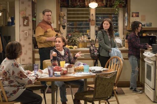 Family Dinner - Roseanne Season 10 Episode 3