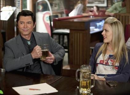 Watch Cougar Town Season 2 Episode 20 Online
