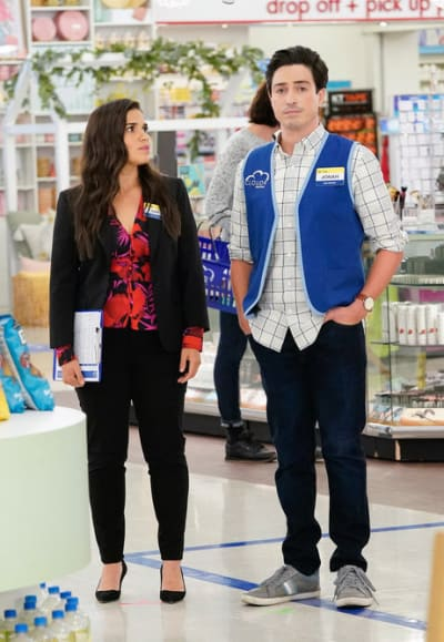 Problems Piling Up - Superstore Season 6 Episode 1