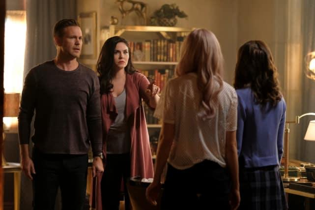 A Reunion - Legacies Season 1 Episode 6