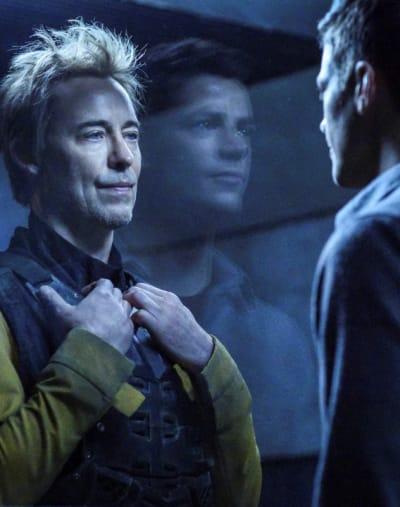 Thawne And Allen Meet Again - The Flash Season 5 Episode 18