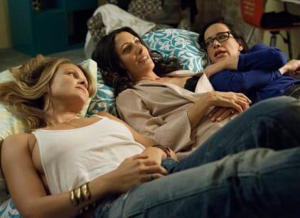 Watch Girlfriends Guide To Divorce Season 1 Episode 3 Online