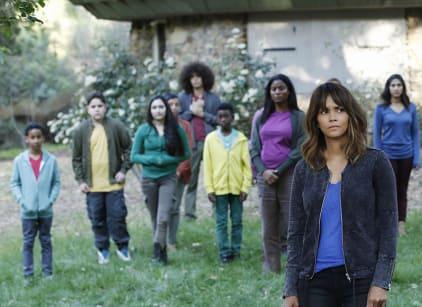 Watch Extant Season 2 Episode 6 Online