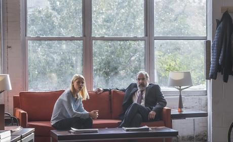 Carrie and Saul Chat in her Office - Homeland