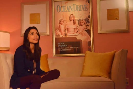 Working for the Man - Jane the Virgin Season 4 Episode 10