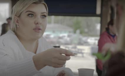 Watch Siesta Key Online: Season 3 Episode 18