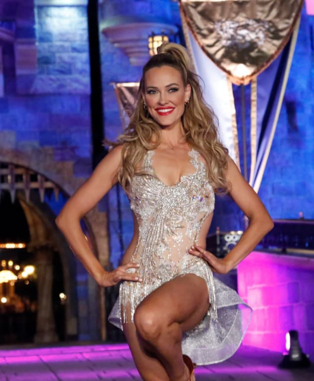 pro Peta Murgatroyd returns to for Dancing With the Stars