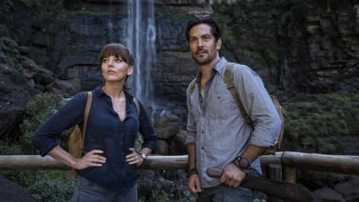 Hooten and Lady Alex Look Forward - Hooten and The Lady Season 1 Episode 7