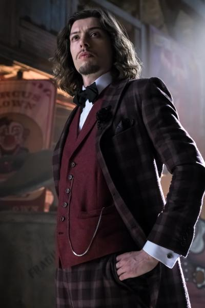 Nice Suit - Gotham Season 3 Episode 4