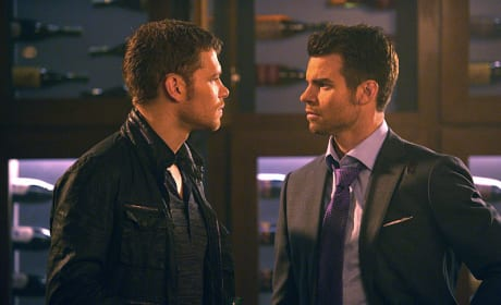 Klaus vs. Elijah, Round 49 - The Originals Season 2 Episode 2