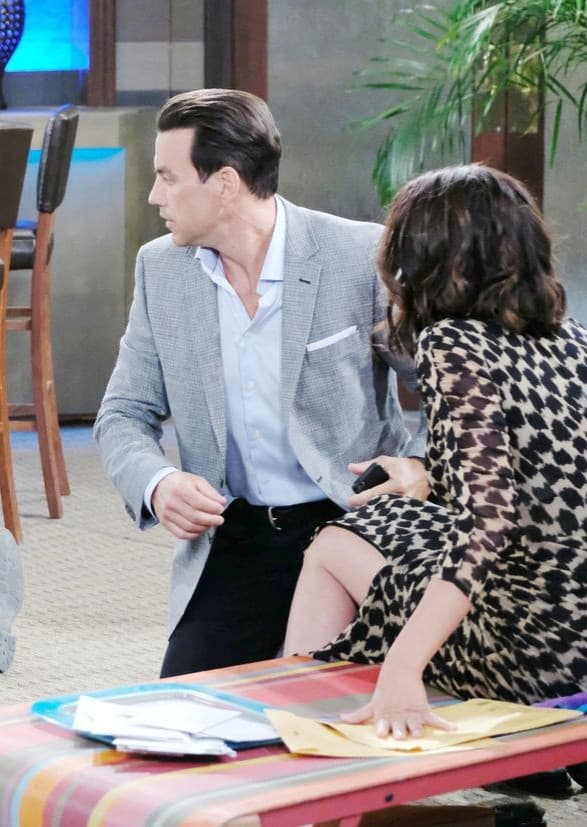 Getting in the Line of Fire - Days of Our Lives