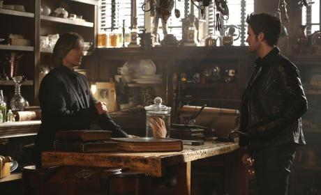 A Hand In a Jar - Once Upon a Time Season 4 Episode 4
