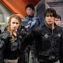 The Crew Suits Up – The 100 Season 4 Episode 2