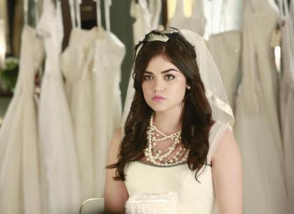Watch Pretty Little Liars Season 4 Episode 23 Online
