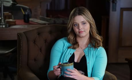 Cut The Shade, Bitches - Pretty Little Liars Season 6 Episode 8