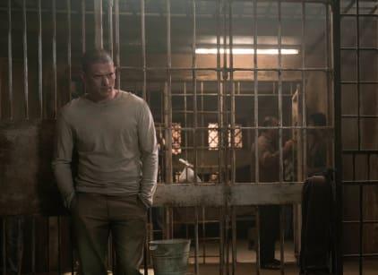 Watch Prison Break Season 5 Episode 1 Online
