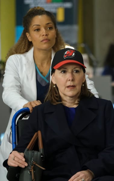 Treating Her Idol / Tall  - The Good Doctor Season 4 Episode 17