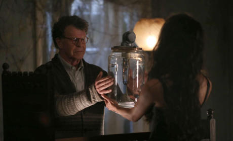 Henry and the Succubus - Sleepy Hollow Season 2 Episode 8