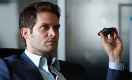 Steven Pasquale to Go Rogue on White Collar