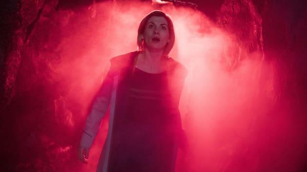 Red Alert Doctor - Doctor Who Season 11 Episode 9