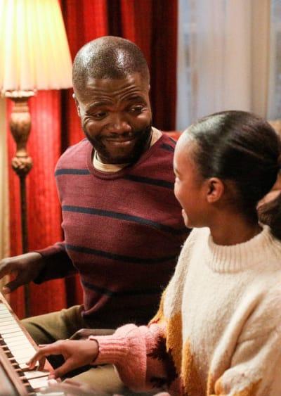 Father Daughter Bonding Time - Good Girls Season 2 Episode 11