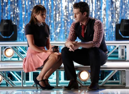 Watch Glee Season 6 Episode 1 Online