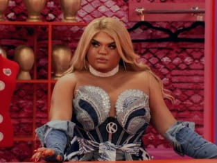 Kandy Muse Entrance - RuPaul's Drag Race