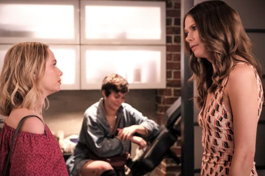 You're Dating Who? - Younger Season 5 Episode 10