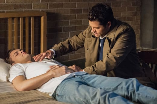 Castiel's Tricks - Supernatural Season 14 Episode 7