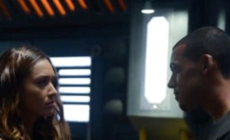 Raven and Zeke Together - Tall - The 100 Season 6 Episode 1