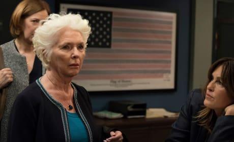 Identifying a Suspect - Law & Order: SVU Season 19 Episode 21