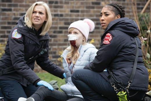 Brett and Mackey treat - Chicago Fire Season 9 Episode 3