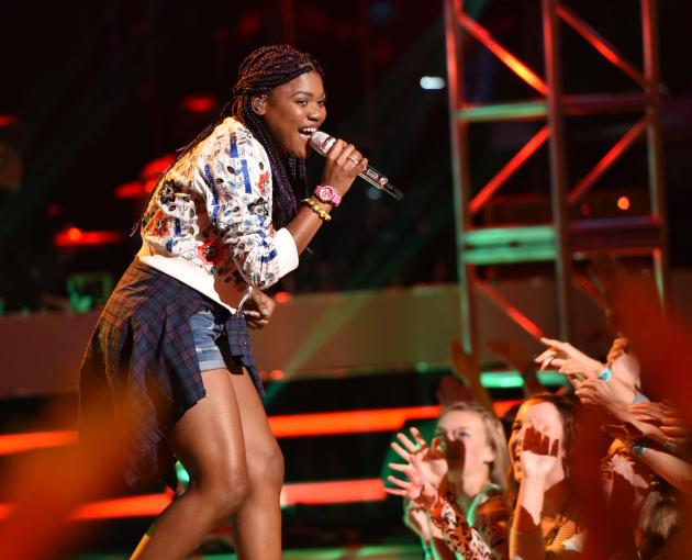 Tyanna Jones on Stage - American Idol