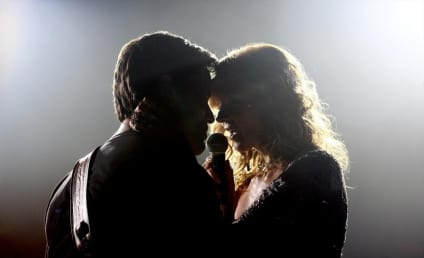 Nashville Season 3 Premiere Pics: Under The Spotlight