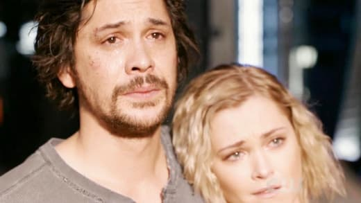 Bellamy and Clarke - The 100 Season 5 Episode 13