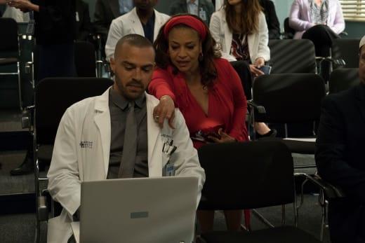 Helicopter Mom - Grey's Anatomy Season 14 Episode 20