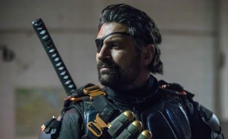 Who Will Slade Side With - Arrow Season 6 Episode 6