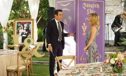 Watch Modern Family Online: Season 9 Episode 6