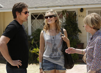 Watch Californication Season 6 Episode 10 Online