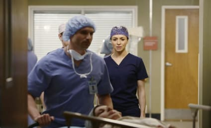 Grey's Anatomy Photo Preview: The Pressure is On...