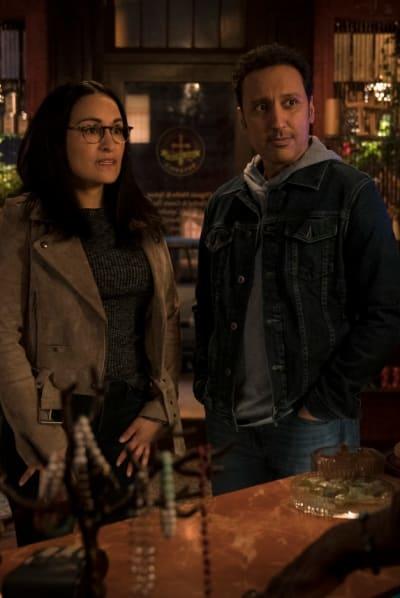 Vanessa and Ben Get Help - EVIL Season 2 Episode 10