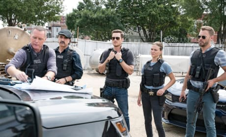 Shake Ups - Chicago PD