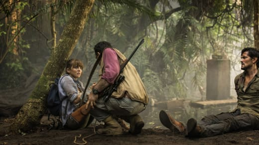 Hooten and Alexandra Are In Danger - Hooten and The Lady Season 1 Episode 1