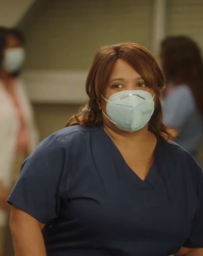 Bailey Behind the Mask - Tall  - Grey's Anatomy Season 17 Episode 1